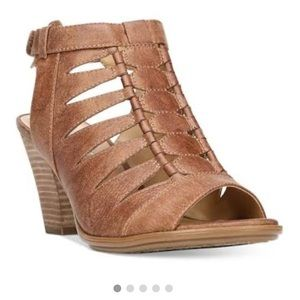 Naturalizer TALAN peep toe heel sandal size 8.5